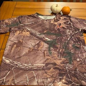 Boys UA camouflage tee-shirt